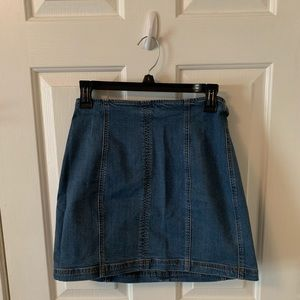 Kendall + Kylie denim skirt (Worn Once)